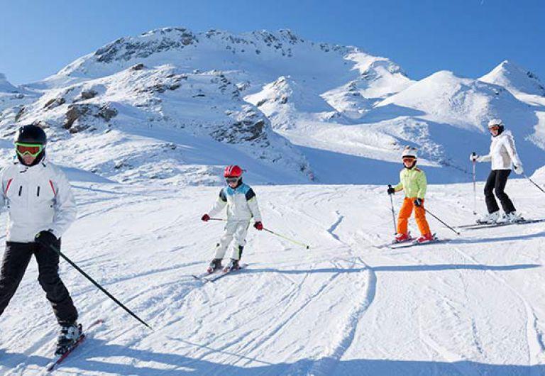 Ski et bien-être en famille aux Houches | MGM Hôtels & Résidences