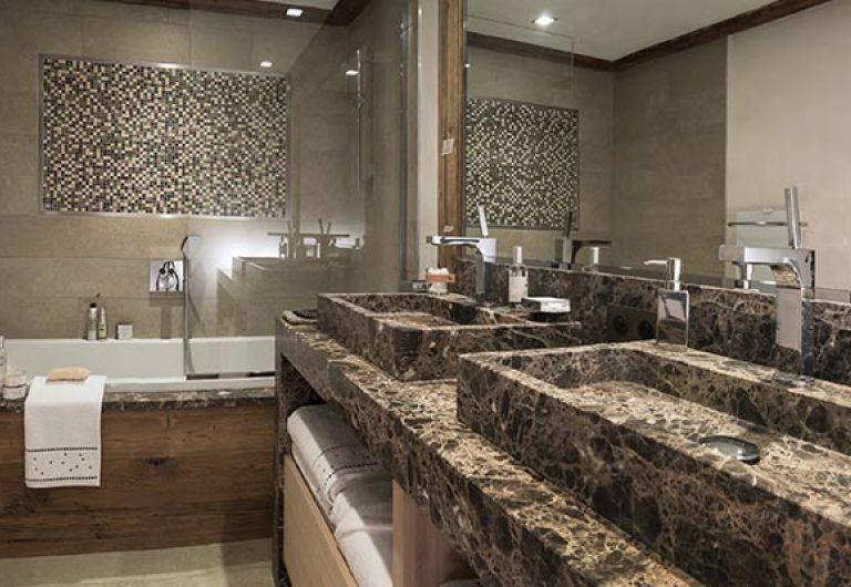 Chalet la ferme de Juliette - salle de bains - Le Grand-Bornand | MGM