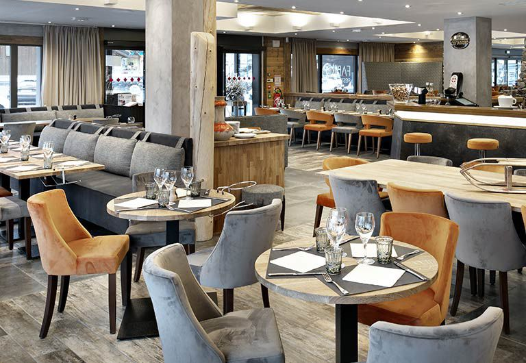 Bar Lounge and restaurant | Hôtel Alexane - Samoëns | MGM Hôtels & Résidences