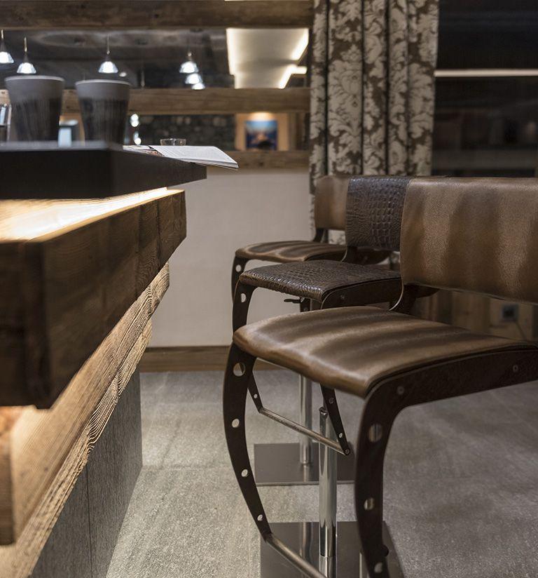 The Bar - Cristal de Jade Residence | MGM