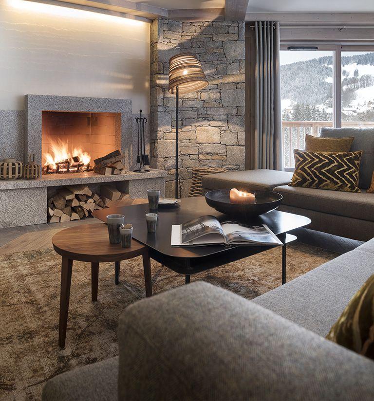 The fireplace - hôtel Les Suites du Roc des Tours - Le Grand-Bornand