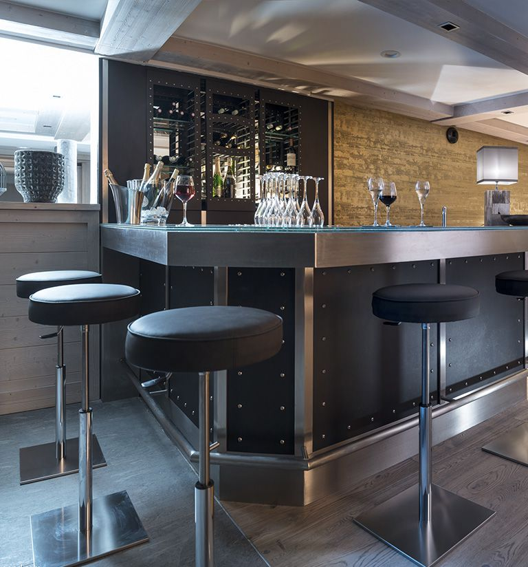 The bar - L'hôtel Les Suites du Roc des Tours - Le Grand-Bornand